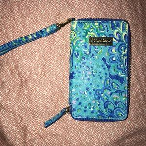 Lilly Pulitzer iPhone Wristlet